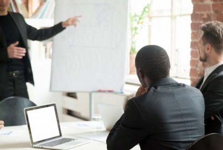 How Corporate Leadership Training Programs Refine You as a Leader