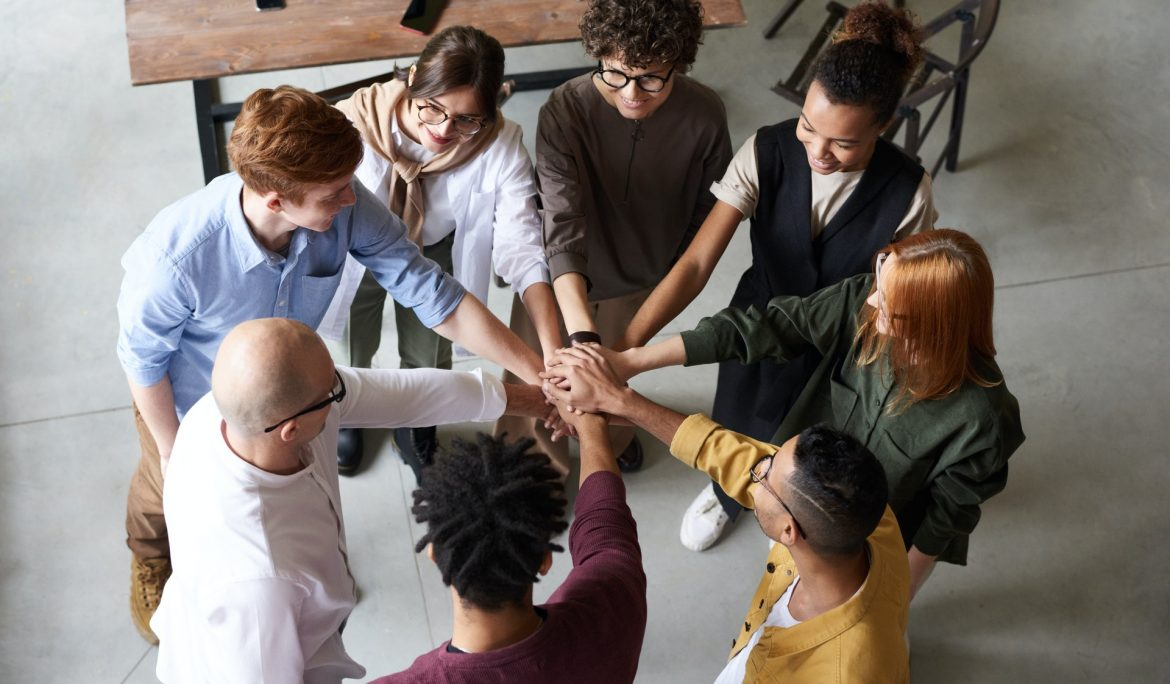 6 Signs that Indicate your Company Needs Team Building